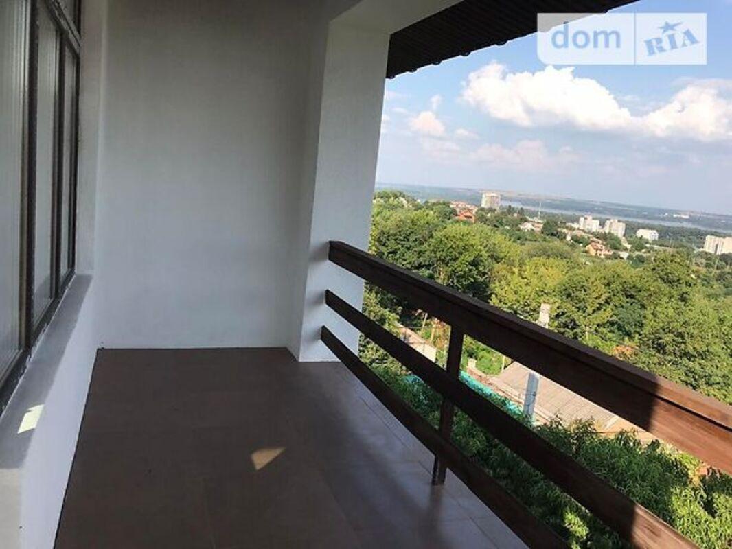 продам 5-комнатную квартиру Днепр, ул.Заньковецкой Марии - Фото 1