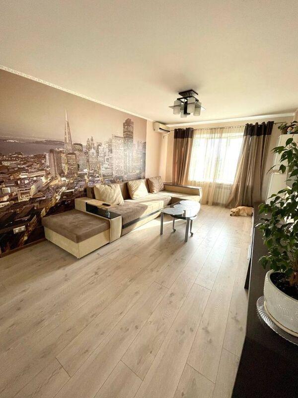 продам 2-комнатную квартиру Днепр, ул.Евпаторийская 106 - Фото 1