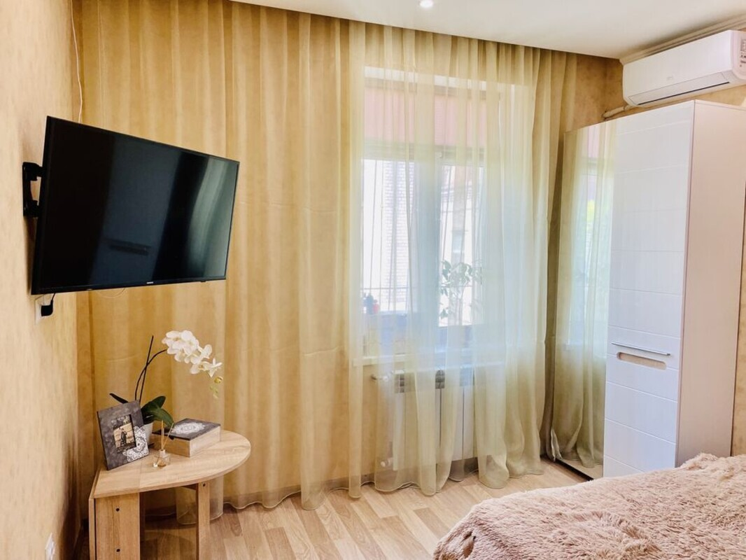 продам 2-комнатную квартиру Днепр, ул.Гоголя - Фото 1