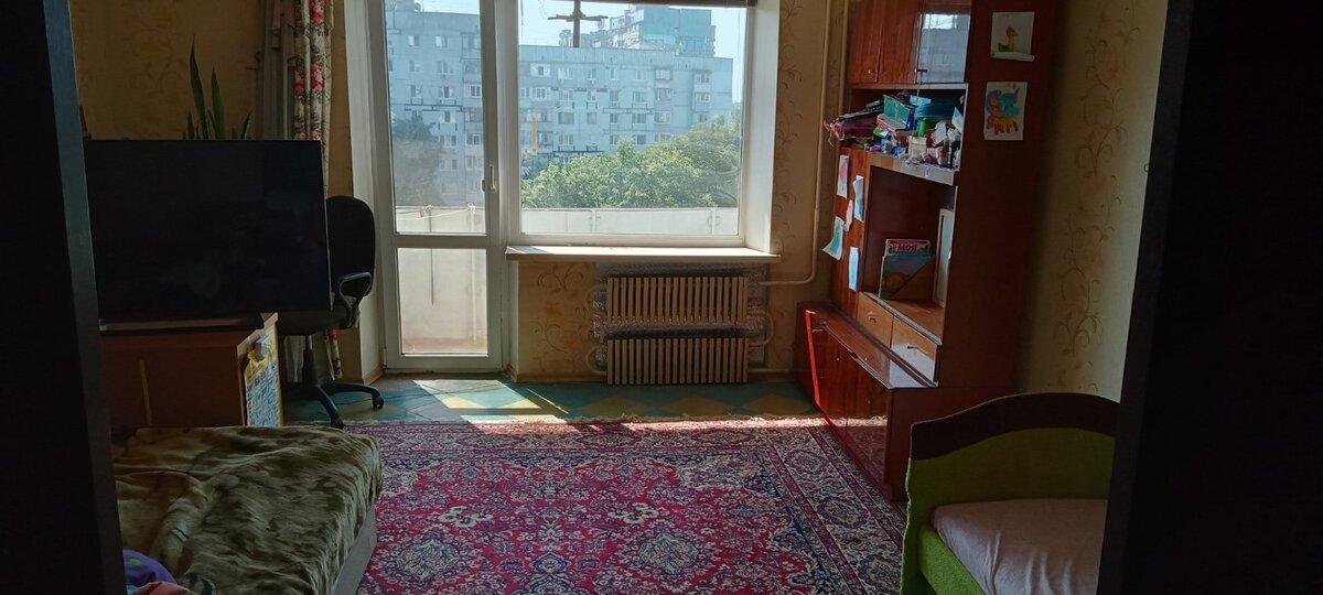 продам 3-комнатную квартиру Днепр, ул.Тополь 2 Ж/м - Фото 1