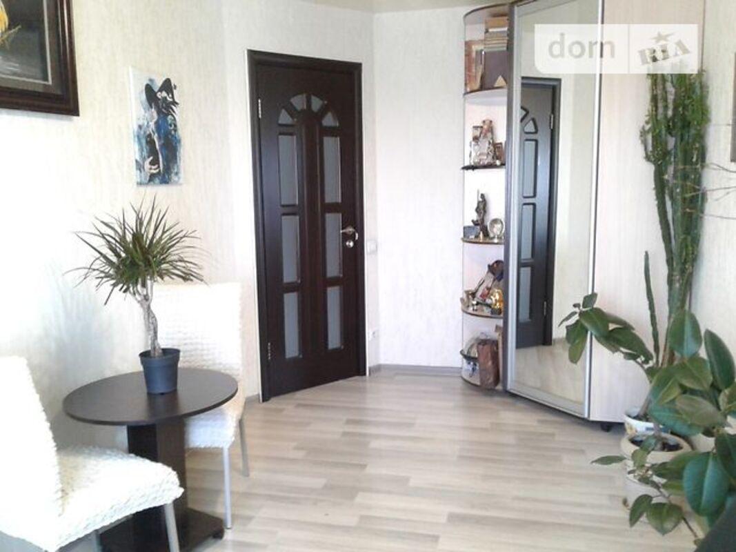 продам 3-комнатную квартиру Днепр, ул.Паникахи М. - Фото 3
