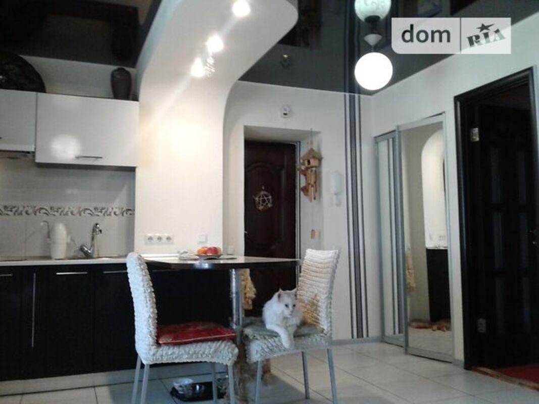 продам 3-комнатную квартиру Днепр, ул.Паникахи М. - Фото 8