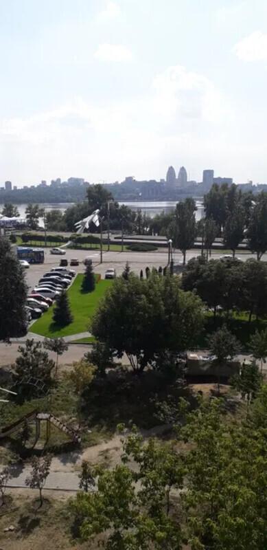 продам 3-комнатную квартиру Днепр, ул.Малиновского, 58 - Фото 1