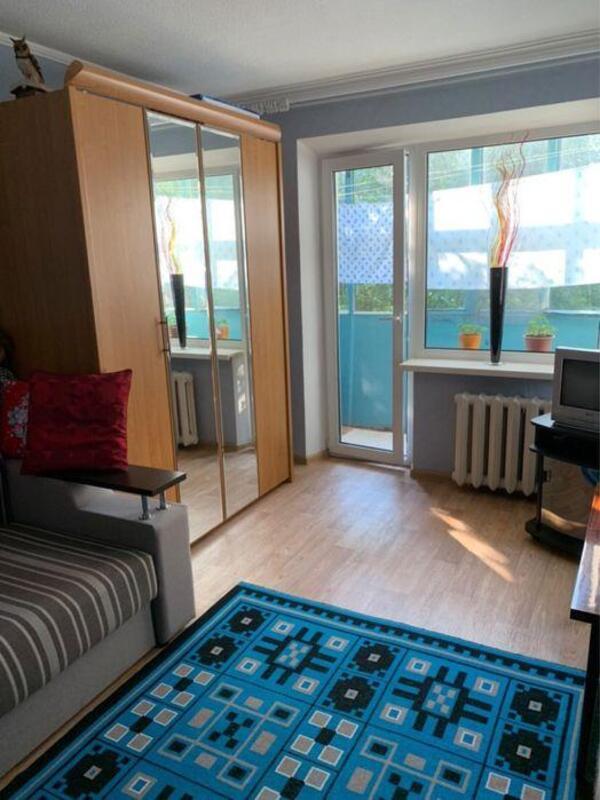 продам 2-комнатную квартиру Днепр, ул.Петровского пр., 54 - Фото 1