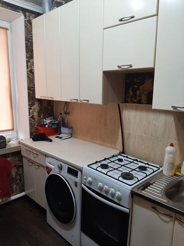 продам 2-комнатную квартиру Днепр, ул.Столярова , 5 - Фото 1
