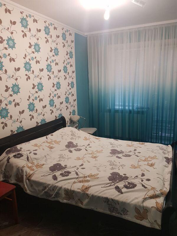 продам 3-комнатную квартиру Каменское, ул.Металургов, 70 - Фото 15